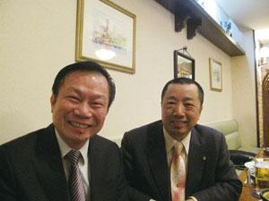 台湾からテーラーのアジア連盟会長が大会会場の神戸を下見